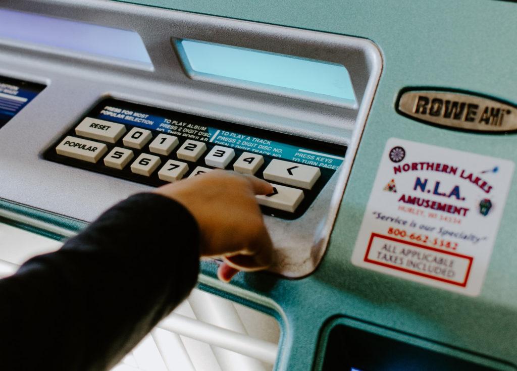 Online boekhoudtool vs. real life boekhouder: dit moet je weten